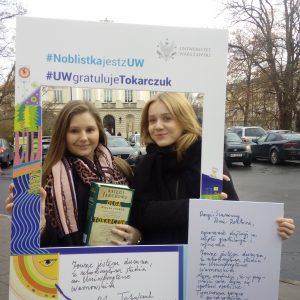 Kamila Krawczyk and Ewelina Górska, students of Faculty of Political Science and International Studies